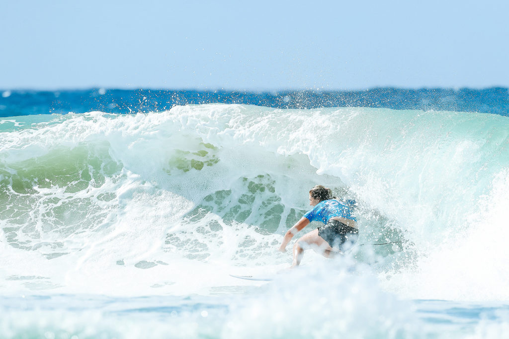 Steph Gilmore styling at Snapper